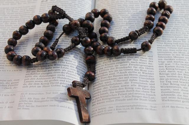 Mateusz: Ta nowenna naprawdę działa cuda za przyczyną Matki Bożej.