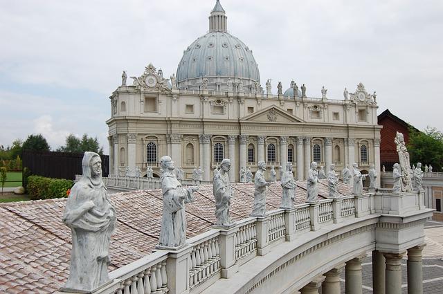 Kasia: jakieś 3 dni temu przyśnił mi się Papież Jan Paweł 2 i powiedział mi że jestem zdrowa