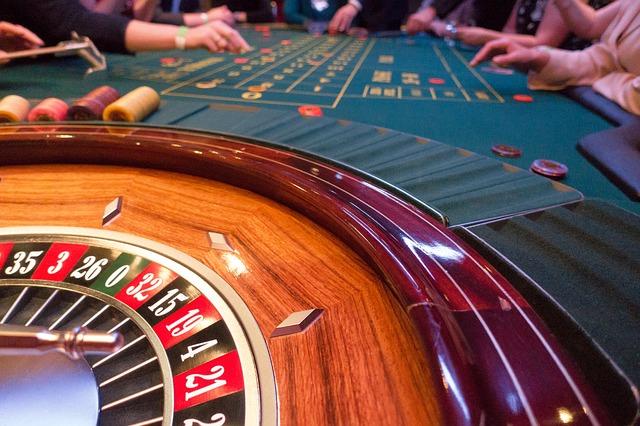 Aneta: 27 letnia hazardzistka ktora traci sens zycia i szuka pocieszenia w modlitwie