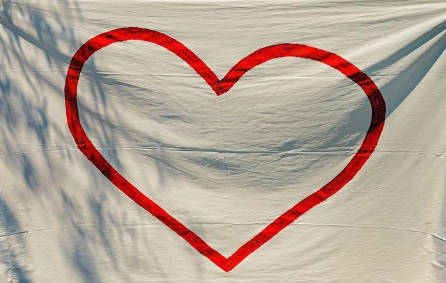 Tomek: Jak każdy człowiek czuje silną potrzebę kochania i bycia kochanym