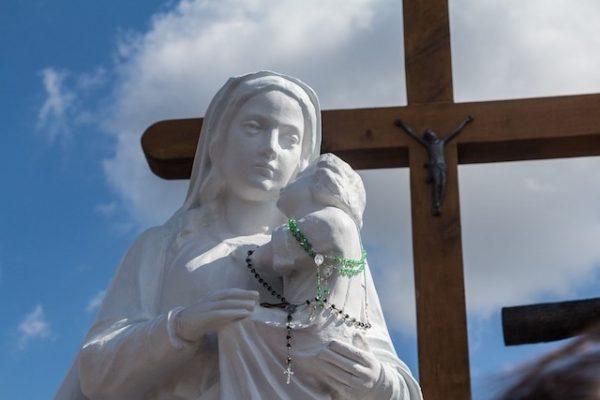 Mirka: Matka Boża przychodzi nam z pomocą