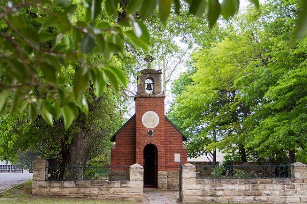 Łukasz: Mały kościółek i nowenna